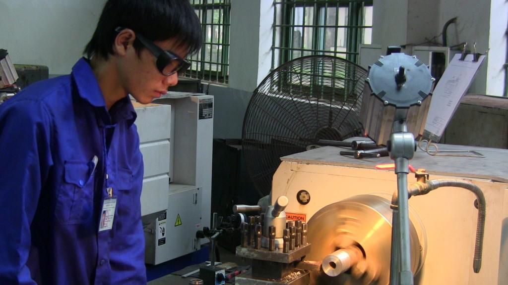 Nhật bản tuyển xuất khẩu lao động làm gia công cơ khí 2016