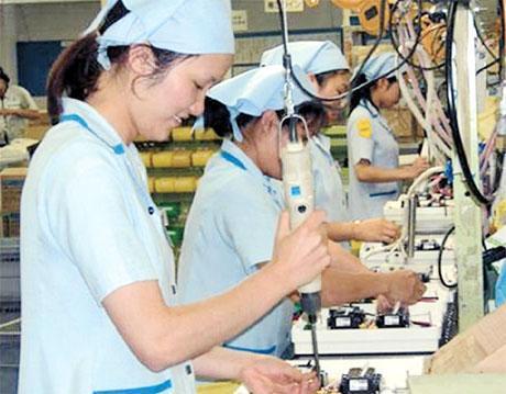 Người đi xuất khẩu lao động tại nhà máy ở Đài Loan