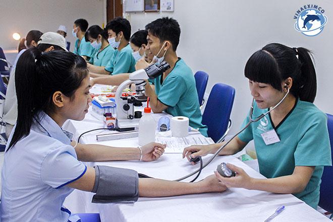 chi phí làm việc tại Nhật Bản chi phí khám sức khỏe