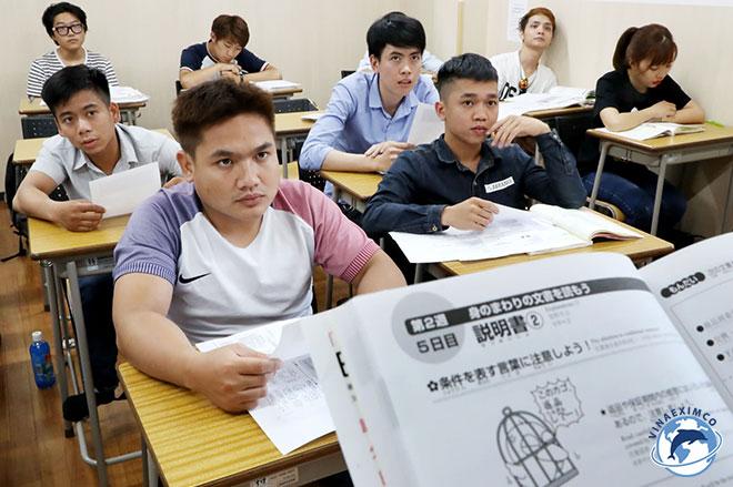 Sơ tuyển trong thủ tục đi Đài Loan làm việc