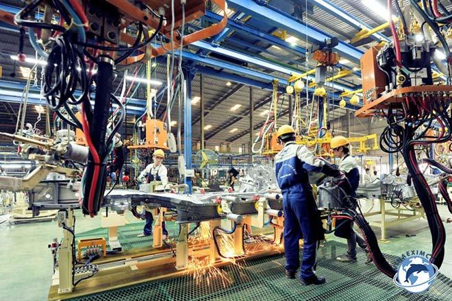 Kỹ sư cơ khí làm việc tại Nhật Bản