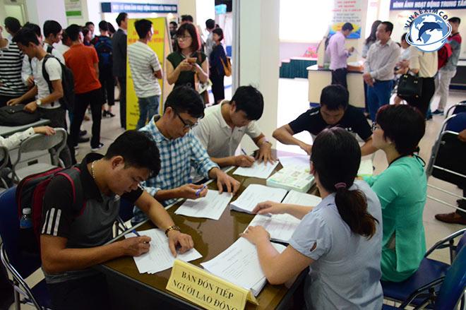Sàng lọc ứng viên để làm thủ tục đi Đài Loan làm việc