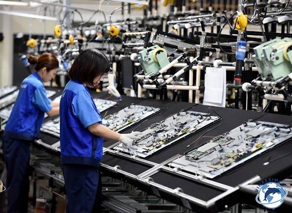 Tìm việc làm ở Đài Loan lắp đặt linh kiện điện tử