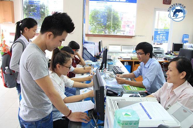tiền môi giới làm việc tại Đài Loan