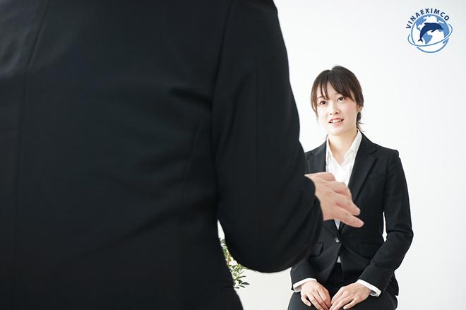 Tư thế khi phỏng vấn