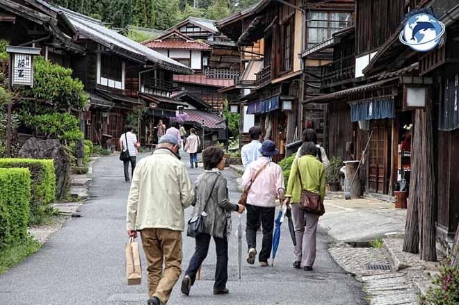 Trường hợp bảo lãnh bố mẹ sang Nhật thăm người thân